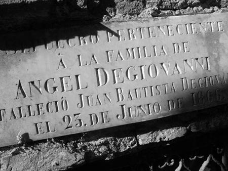Ángel Degiovanni, Recoleta Cemetery