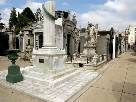 Dominguito Sarmiento, Recoleta Cemetery