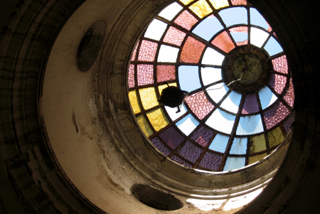 Broken stained glass, Recoleta Cemetery
