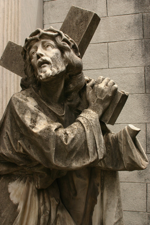 Broken Christ, Recoleta Cemetery