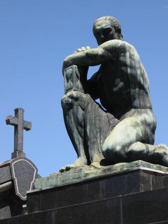 Familia Manuel Cerini, Troiano Troiani, Recoleta Cemetery