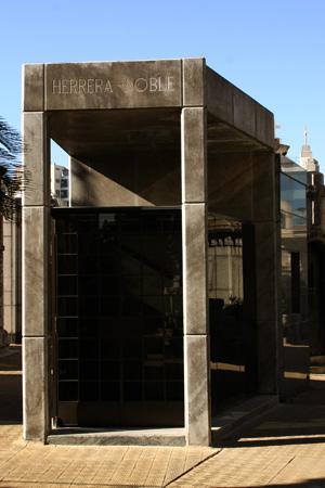 Herrera-Noble, Recoleta Cemetery