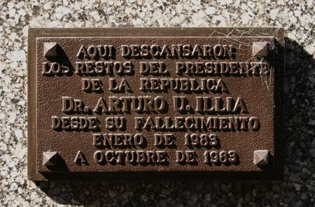 Buenos Aires, Recoleta Cemetery, Dechert-Barletti, Arturo Illia