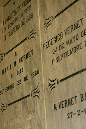 Luis Vernet, Recoleta Cemetery