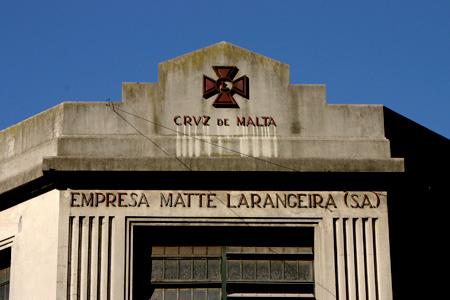 Cruz de Malta, Barracas