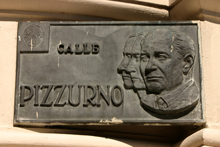 Calle Pizzurno plaque