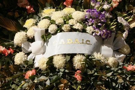 S.A.D.A.I.C. wreath, Recoleta Cemetery