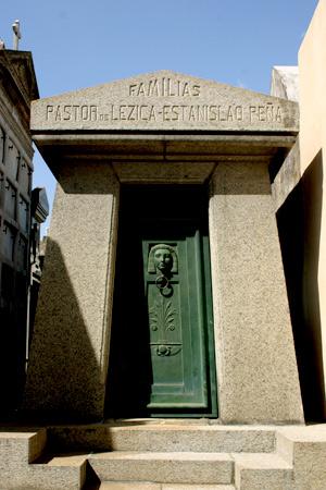 Familias Pastor de Lezica-Estanislao Peña, Recoleta Cemetery