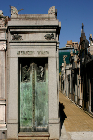 Affranchino Vivanco, Recoleta Cemetery