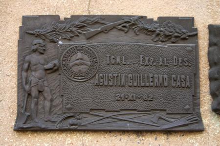 Agustín Guillermo Casa, Recoleta Cemetery