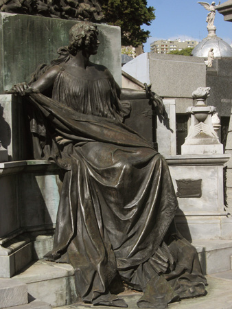 Francisco Muñiz, Recoleta Cemetery