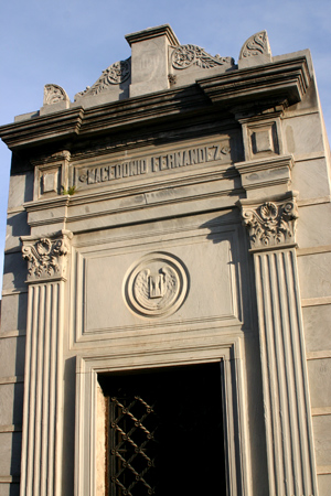 Recoleta Cemetery, Buenos Aires, Macedonio Fernández