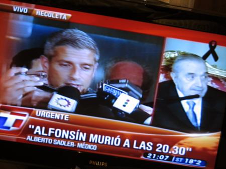 TN news still, Raúl Alfonsín
