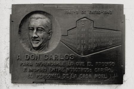 arlos Noel, Recoleta Cemetery
