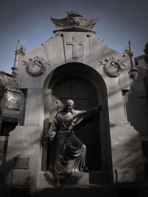 Buenos Aires, Recoleta Cemetery, Sociedad Científica Argentina