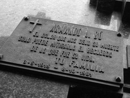 Armando Bo, Recoleta Cemetery