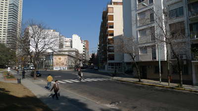 Buenos Aires, Parque Las Heras, Calle Salguero