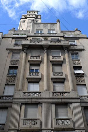 Buenos Aires, Once, Torre Saint, Art Deco