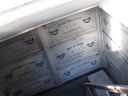 Recoleta Cemetery, Buenos Aires, Ángel de Estrada