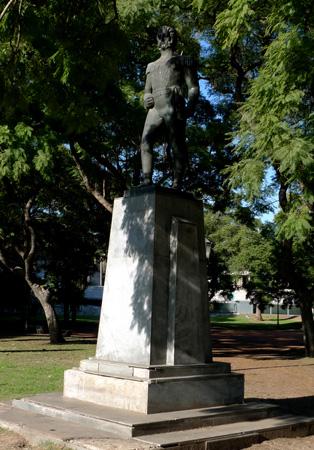 Buenos Aires, Juan Martín Pueyrredón, Plaza X, statue
