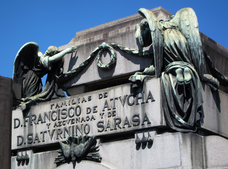 Recoleta Cemetery, Buenos Aires, Familias de Atucha y Sarasa
