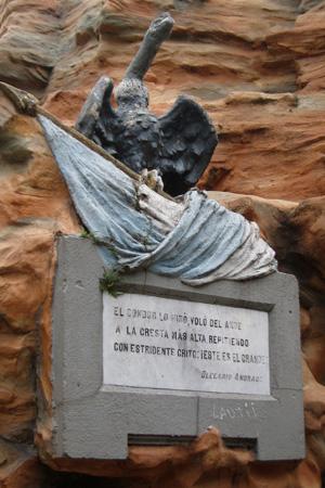 Gualeguaychú, Entre Ríos, Plaza San Martín, Olegario Víctor Andrade, El Nido de Cóndores