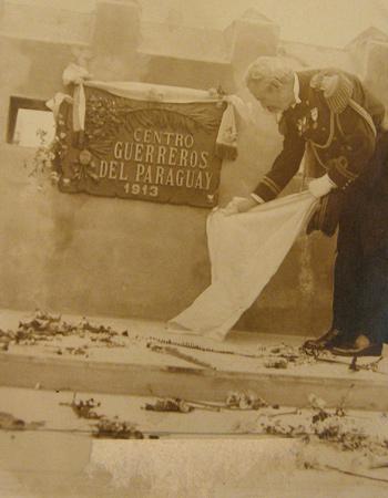 Guerreros del Paraguay, Recoleta Cemetery