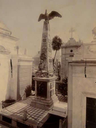 AGN, Sarmiento, Recoleta Cemetery