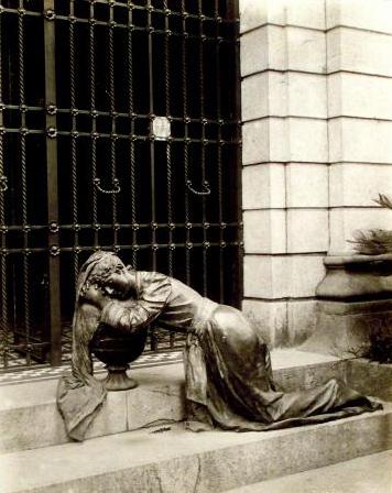 Recoleta Cemetery, Buenos Aires, Juan Cruz Varela, Colección Witcomb